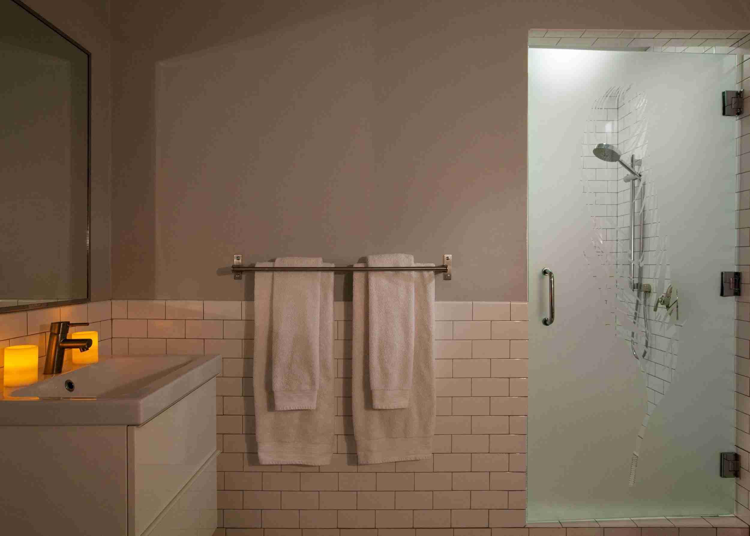 gracefull bathroom